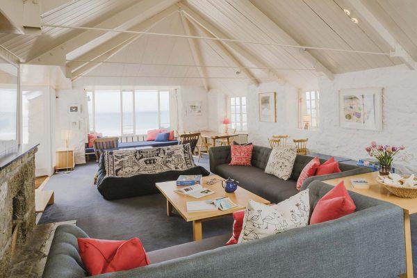 Alternative living room view of Upper Saltings