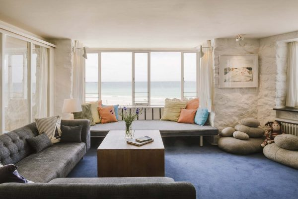Living area of Old Saltings with sea views over Porthmeor beach